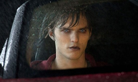 warm_bodies_movie_trailer_nick_hoult1-550x350
