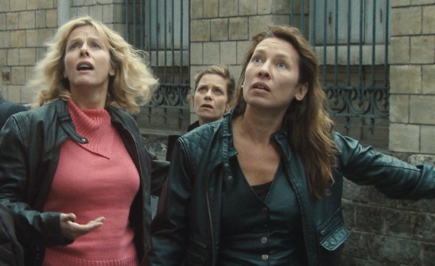 (from left to right) Karin Viard, Marina Foïs and Emmanuelle Bercot