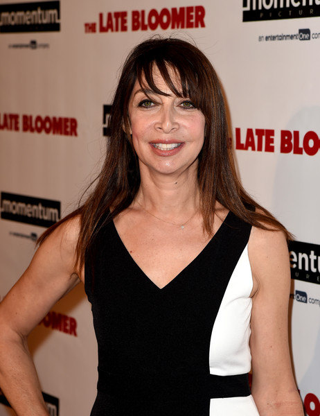 illeana-douglas-2-screencomment