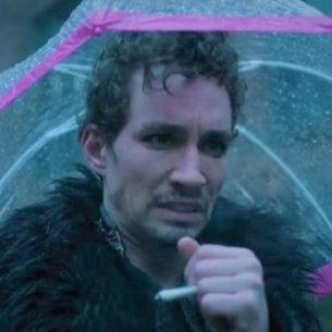 klaushargreeves-screencomment-umbrellaacademy